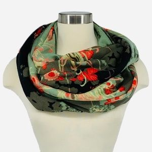 UO Kimchi Blue Glowing Floral Infinity Scarf